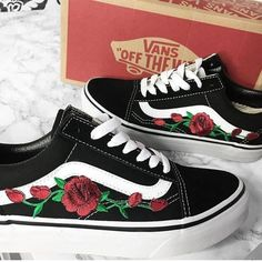 Jul 2019 - Custom Rose Vans Old Skool Embroidery shoes customized Vans Old Skool, Vans Customisées, Vans Sneakers, Converse, Black And White Vans, Fresh Shoes, Shoe Closet, Custom Shoes, Me Too Shoes