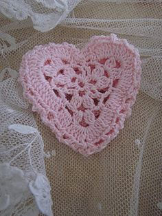 Lovely pink crochet heart.  The next thing I'm going to learn.