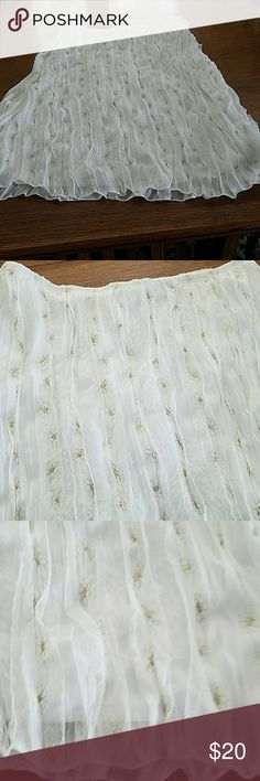 Skirt  Jr s ix White Georgette  pleated skirt with lines of gold embroidery fully lined length 27 inches waste 36 in Skirts Midi