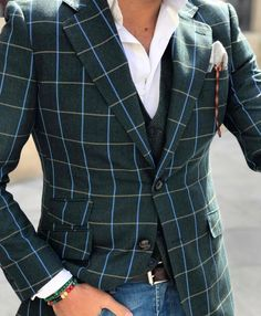 Not bad. #Elegance #Fashion #Menfashion #Menstyle #Luxury #Dapper #Class #Sartorial #Style #Lookcool #Trendy #Bespoke #Dandy #Classy #Awesome #Amazing #Tailoring #Stylishmen #Gentlemanstyle #Gent #Outfit #TimelessElegance #Charming #Apparel #Clothing #Elegant #Instafashion #Outfitpost #Picoftheday #Clothing