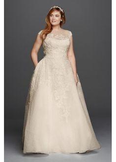Oleg Cassini 3D Floral and Lace Wedding Dress 4XL8CWG730