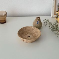 HQ Rattan Round TrayRound Rattan BasketRattan   Etsy Basket Tray, Rattan Basket, Wicker, Bamboo Pendant Light, Rattan Lamp, Round Tray, The Fragile, Breakfast In Bed, Incandescent Bulbs