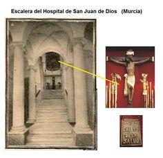 """Al acceder por la escalera del DESTRUIDO hospital DE SAN JUAN DE DIOS se encontraba una bellísima talla anónima del siglo XV del """"Santísimo Cristo de la Salud"""". (AUNQUE EXISTE LA DUDA QUE PUDIERA TRATARSE DEL CRISTO DE ZALAMEA).  ¡ La de plegarias y peticiones pidiendo salud que habrá oído ese Cristo!  Ahora el """"Cristo de la Salud"""" sale en la procesión de Martes Santo y es visitable en la Iglesia- Museo de San Juan de Dios."""