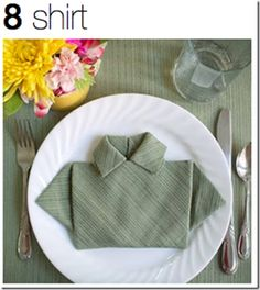 Make this fun Napkin fold for your next Tablescape! 20 plus unique Napkin fold ideas included too.
