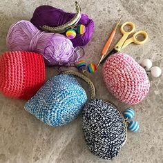 The etsy shop is a little bare at the moment as I am completing custom orders, but there will be a shop update soon! In the meantime, if you see something that you like, just holler! • • • #christmas2016 #handmade #crochetpurse #kisslockpurse #coinpurse #christmasgift #christmasgifts #supportlocal #giftsforher