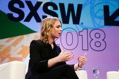 """Selon Chelsea Manning les codeurs doivent se doter dun code éthique - A 30 ans elle est pratiquement devenue une icône en faisant fuiter au site WikiLeaks des milliers de documents secrets de larmée et de la diplomatie américaine. - http://ift.tt/2p935kT - \""""lemonde a la une\"""" ifttt le monde.fr - actualités  - March 13 2018 at 01:23PM"""