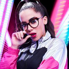 Chilli Beans lança linha em parceria com Anitta e Emicida desenvolvidas por  João Pimenta 7a06049302