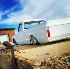 The Perfect Truck Design Vintage Chevy Trucks, Chevy Pickup Trucks, Classic Chevy Trucks, Chevy C10, Chevy Pickups, Chevrolet Trucks, Bagged Trucks, Lowered Trucks, C10 Trucks