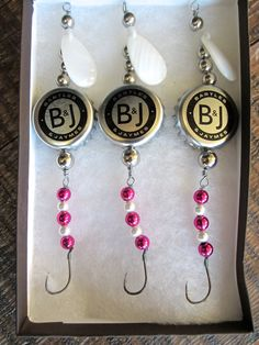Fishing Lures: Gifts for Men or Women - Bartles & James Wine Cooler Cap Lures to Catch Those Walleye, Northern Pike or Other Game Fish