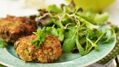 Buckwheat Fritters with Tahini, Mushroom and Carrot Healthy Grains, Healthy Cooking, Cooking Recipes, Healthy Recipes, Savoury Recipes, Cooking Time, No Salt Recipes, Greek Recipes, Healthy Sugar