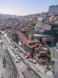 Porto, Portugal Review – Aerial and Street View Highlights | Splash Magazines | Chicago http://www.chicago-splash.com/publish/International_151/porto.php #TravelTuesday @travel @VisitPortugal @Portugal @WorldTravelFans #tourism