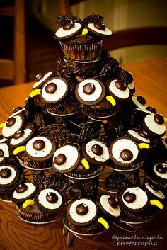 More cute owl cupcakes