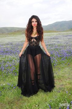Day_One_of_Selena_Gomez_Video_Shoot_for_COME__amp;_GET_IT_-_M..