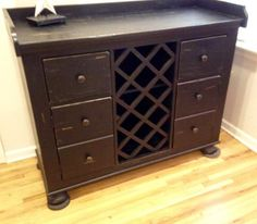 Broyhill Attic Heirlooms Wine Cabinet In Black Stain ❤️