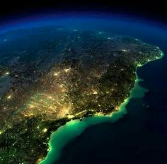 Photography -South America, Brazil and Argentia- Amazingly Beautiful Views of Earth at Night without any Clouds Best Vacation Spots, Best Vacations, Earth At Night, Earth Photos, Space Images, Earth From Space, Summer Travel, Planet Earth, South America