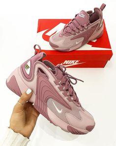 """huge selection of 9170c 4edf8 Babes  n  Sneakers on Instagram  """"Nike Zoom 2K Pink 🌸👟 • 📸  sheen.ldn •  Follow  babesnsneakers for more •  nikezoom  nikezoom2k  nike  nikewomen ..."""