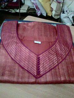 How to make different types of kurthi neck patterns - Simple Craft Ideas Salwar Neck Patterns, Salwar Pattern, Salwar Neck Designs, Kurta Neck Design, Suit Pattern, Kurta Designs, Blouse Designs, Dress Patterns, Sewing Patterns