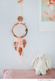 DIY Hama Bead Dream Catcher--- loving dream catchers, a little fun rustic piece to a bedroom Diy Projects To Try, Crafts To Make, Fun Crafts, Crafts For Kids, Craft Projects, Arts And Crafts, Amazing Crafts, Craft Ideas, Christmas Gift You Can Make