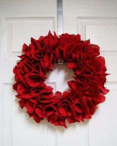 Red Burlap Wreath [DIY]