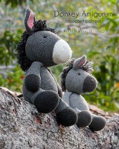 Got to crochet this donkey amigurumi, big enough to hug. Kids will love it. Crochet Doll Pattern, Crochet Toys Patterns, Amigurumi Patterns, Craft Patterns, Crochet Dolls, Pattern Ideas, Amigurumi Toys, Stuffed Animal Patterns, Stuffed Animals