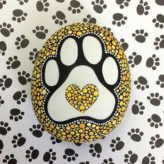 Puppy Paw Stone Medium