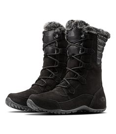 Handle low temps in high style with these waterproof winter boots that feature mid-weight insulation, a faux-fur collar and rugged, temperature-sensitive soles to keep feet ultra-warm. Best Winter Boots, Winter Snow Boots, Winter Shoes, Winter Clothes, Winter Wear, North Face Women, The North Face, Lace Up Boots, Black Boots