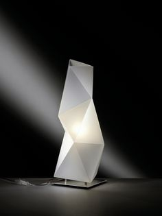 DIAMOND Table lamp by Slamp design Ines Paolucci, Daniele Statera