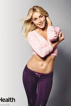 Julianne Hough talks marriage in new issue of Health magazine Julianne Hough sizzles in the new issue of Health magazine in she talks about staying fit, her body image and her marriage to Brooks Laich. Beautiful Girl Image, Beautiful Women, Julianne Hough Hot, Julianna Hough, Health Magazine, Dancing With The Stars, Sport Girl, Beautiful Celebrities, Fitness Women
