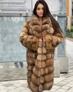 Sable Fur Coat, Fox Fur Coat, Mink Fur, Fur Coats, Fur Blanket, Fur Fashion, Lingerie Set, Chic Outfits, Mantel