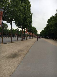 Paris Streets Paris Street, Sidewalk, Side Walkway, Walkway, Walkways, Pavement