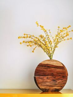 (no title) Handmade wooden vase with test tube. For single bud or small bunch.Handmade wooden vase with test tube. For single bud or small bunch. Hand-made wooden vase with test tube. Wood Vase, Wood Planters, Vases Decor, Plant Decor, Dinning Table, Wooden Bowls, Glass Containers, Handmade Wooden, Boho Decor