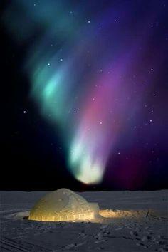 @beyjess12 // North Pole northern lights
