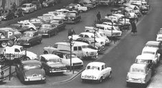 Amsterdam: Het Thorbeckeplein in 1961 Amsterdam City, Amsterdam Netherlands, Vw Cars, Citroen Ds, Great Memories, 17th Century, Car Parking, Dutch, Places To Visit