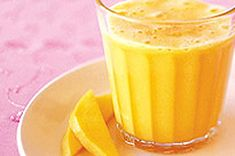 Kick start your day with our Lemon Mango Smoothie - it's creamy and delicious with a double hit of citrus and a tropical twist from fresh mango. This smoothie recipe makes two servings, so spread the joy and share with a friend. Fruit Smoothies, Mango Smoothie Recipes, Pear Smoothie, Good Smoothies, Strawberry Smoothie, Smoothie Drinks, Jus D'orange, Sugar Cravings, Shake Recipes