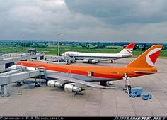 Boeing 747-217B aircraft picture
