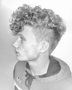Haircut by ryancullenhair http://ift.tt/1N0VBGo #menshair #menshairstyles #menshaircuts #hairstylesformen #coolhaircuts #coolhairstyles #haircuts #hairstyles #barbers