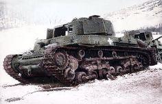 Turán tankok elhagyatva valószínűleg a Kárpátaljai régióban 1944.