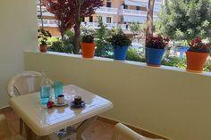 Śniadanie możesz zjeść na tarasie Crete, Planter Pots, Studio, Life, Studios