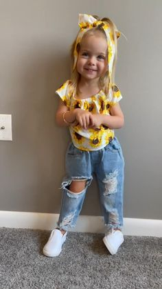 Really Cute Babies, Cute Funny Babies, Funny Kids, Cute Baby Pictures, Baby Photos, Cute Toddlers, Cute Kids, Mom And Baby, Baby Kids