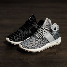Deal Alert! Adidas Tubular Dawn sneakers women Neoprene