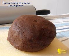 Pasta frolla al cacao senza glutine (ricetta base). Ricetta base crostate con farine naturali (mais e riso) della pasta frolla al cioccolato senza glutine