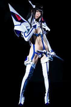 Lady Satsuki's life fiber synchronization cosplay is so bad-ass. Also a little too revealing for me!