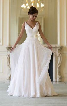 CLORIS - Sheath Cheap Chapel train Chiffon Halter Wedding dress