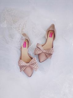 Balerini din piele   Pantofica.ronude pointed shoes with bows for summer cute flats Cute Flats, Summer Shoes, Bows, Sandals, Fashion, Shoes, Arches, Moda, Shoes Sandals