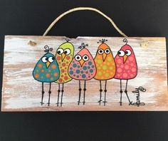 Birds of a Feather -Whimsical wall placque – feather crafts Art Fantaisiste, Art Mural, Decoration Palette, Using Acrylic Paint, Whimsical Art, Paint Designs, Bird Art, Bird Feathers, Rock Art