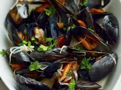 Miesmuscheln ist ein Rezept mit frischen Zutaten aus der Kategorie Muscheln. Probieren Sie dieses und weitere Rezepte von EAT SMARTER!