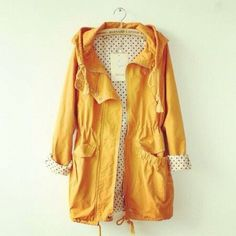 Perfect rain coat - Yellow just brightens up a rainy day