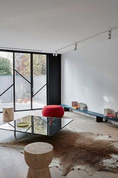 Origami Living: Terrace House Fitzroy by AA Architects Best Interior, Interior And Exterior, Interior Designers Sydney, Windows And Doors, Steel Windows, Scandinavian Interior, Decoration, Living Spaces, Sweet Home