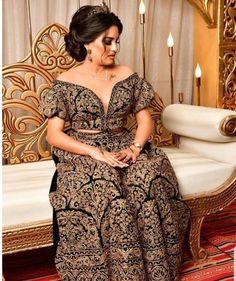 """discover tunisia 🇹🇳 on Instagram: """"الطريون التونسي - tunisian tarayoun #الطريون_التونسي #الطريون_القيرواني #الطريون_القروي #الكسوة_التونسية #اللباس_التقليدي_التونسي…"""" Shoulder Dress, Traditional, Dresses, Fashion, Gowns, Vestidos, Moda, Fashion Styles, Dress"""