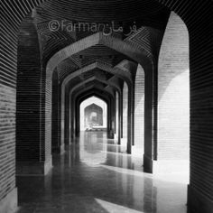 Arches inside Shahjahan Mosque